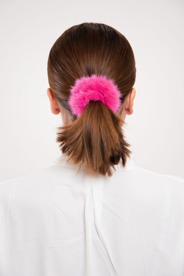 Φούξια γούνινο λαστιχάκι για τα μαλλιά