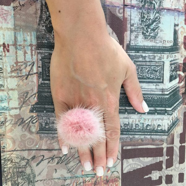 Pale pink fur ring